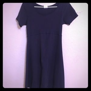 Casual Old Navy navy blue T-shirt dress!